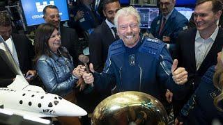 """شاهد: الملياردير ريتشارد برانسون ينطلق إلى الفضاء في رحلة لشركته """"فيرجن غالاكتيك""""…"""