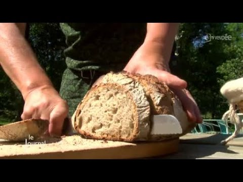 Vacances d couverte du pain d 39 autrefois le poir sur for Piscine poire sur vie