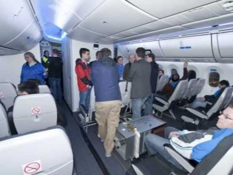 **For Outside USA** Inside the Boeing 787 Dreamliner & Inside the DreamLifter HD
