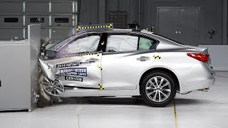 2014 Infiniti Q50 driver-side small overlap IIHS crash test