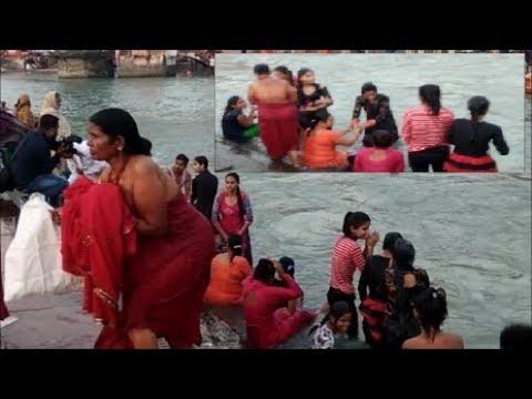 Bath in Ganga River , Ganga Snan . Har Ki Pauri , Haridwar thumbnail