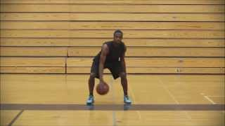 """Баскетбольная тренировка. Ведение мяча, упражнение """"Восьмерка"""""""