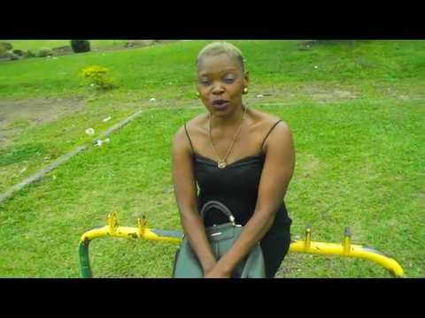 une Femme Africaine qui vous surprendra et fera battre votre cœur .