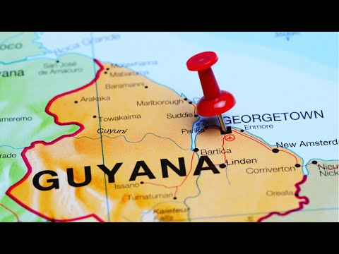 Touring the Essequibo River | Guyana VLOG | Guyanese Beauty Q