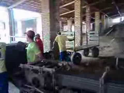 Como se fabrica tijolo de 8 furos youtube for Como se fabrica el marmol