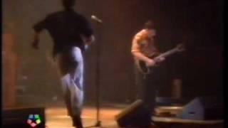 DANZA INVISIBLE - Sabor de Amor/A este lado de la carretera (directo 1989-3/3)