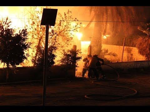 Incendio de casa abandonada en Ensenada el 24 de marzo de 2014