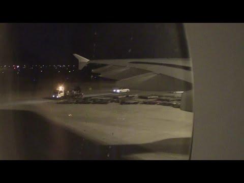 EMIRATES A380 NIGHT TIME LANDING AT SYDNEY AUSTRALIA