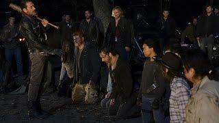THE WALKING DEAD- Glenn & Abraham Morrem Na 7 Temporada No Eps01 #Relatos