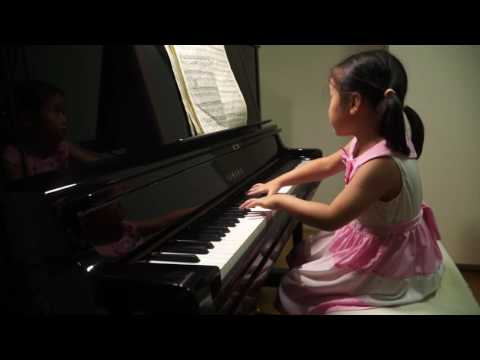 Anke Chen Age 5 Plays J.S.Bach Prelude No.6 in D Minor, BWV 851