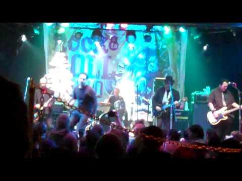 "Punk Rock Karaoke JOE SIB ""Back Up Against the Wall"" (Circle Jerks) @ Key Club"