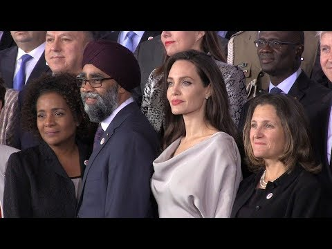 Angelina Jolie arrives at UN peacekeeping conference in Vancouver