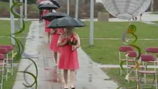 Bridal Party Walk Down the Aisle In the Rain At Richmond Greens Park GTA Wedding Video   烈治文山市婚礼拍摄