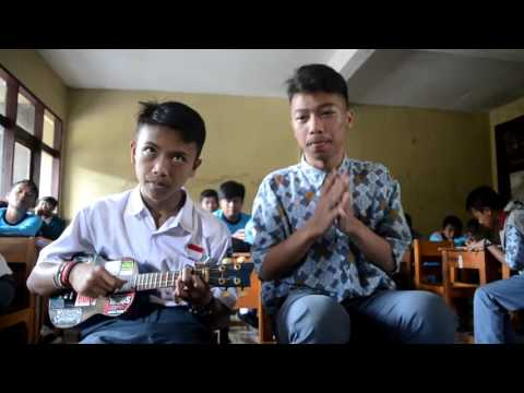 crewsakan - Bhinneka Tunggal Ika Ukulele version By: TKR 1