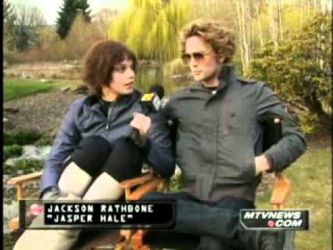 Ashley Greene And Jackson Rathbone MTV Interview.