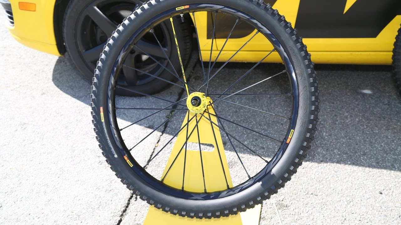 c2fdedc8f54 2017/2018 Mavic Deemax Pro Wheels, XA Pro Carbon, and Mavic's MTB direction