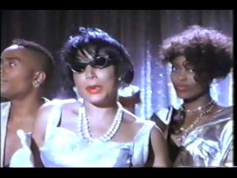 Bernadette Cooper - I Look Good (Official Music Video)