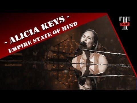 Alicia Keys - Empire State Of Mind (Live On Taratata Nov 2012)