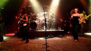 N.O.H.A. - Original Nuttah (live @ Praha 8-11-11)
