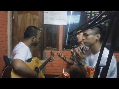 Fourtwnty - Fana Merah Jambu (Live On 91 6 Warna FM)