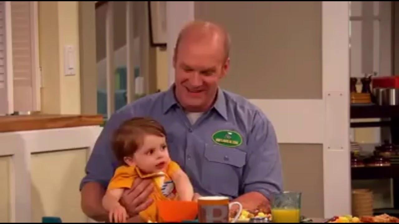 Logan moreau good luck charlie season 4 episode 11 teddys  choice