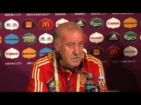 Spain coach Del Bosque warns against complacency