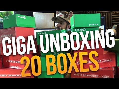GIGA UNBOXING: THE UNBOXING TO END THEM ALL (Unboxing 20 Subscription Boxes)