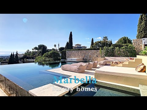 Marbella Luxury Homes. El Paraiso Alto Benahavis. Semi-detached house.