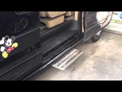 กระไดไฟฟ้า รถยนต์  คันนี้คือ ฮุนได HYUNDAI H-1 DELUXE โดย ธนาธรณ์ ประตูไฟฟ้า
