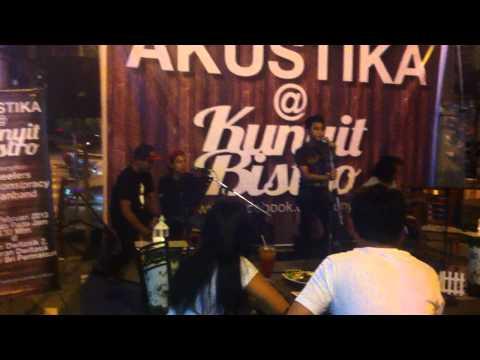 Lintasan Bintang - Awan Band live @ Kunyit Bistro, Bandar Sri Permaisuri