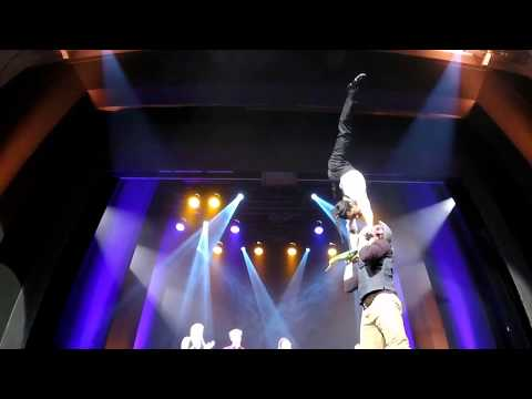 Hand to hand - Partner acrobatics