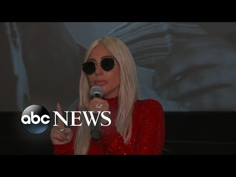 Ricky - Gaga Surprises Fans at A Star Is Born Screening