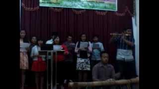 "Koor Mahasiswa Batak UKSW ""Arbab"" @ gereja Advent"