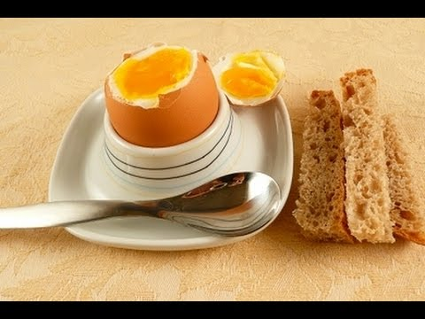 Сколько варить яйца всмятку, в мешочек и вкрутую после закипания