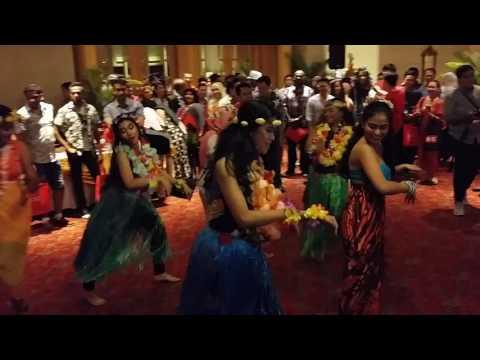 SANGGAR MUSTIKA VENTURES: Hawaiian Flash-mob at Renaissance Hotel Kuala Lumpur