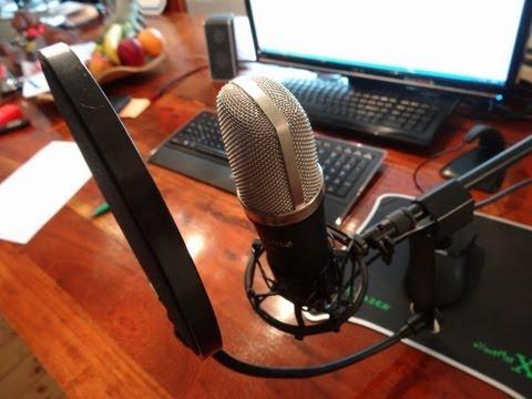 """""""the t.bone SC 450 USB Podcast Bundle"""" + K&M 23956 Popkiller + 232BK Tischständer"""" -Test"""