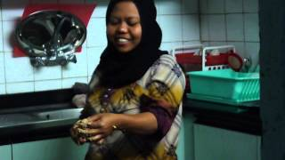 خادمات اندونسيا وفلبين مضحك