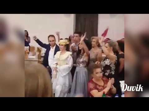 Dasma Shqiptare hyrje e vajzes Ardita Burri & Lindi Lamoja