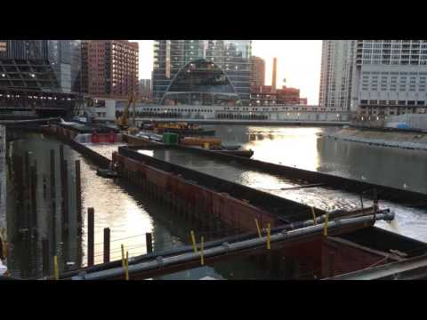 Emptying the Chicago River
