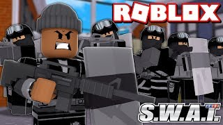 Becoming the #1 SWAT TEAM IN ROBLOX SWAT SIMULATOR!!