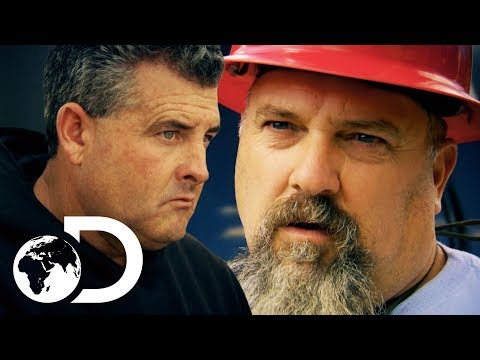 Hoffman Has A HUGE Find Of Gold! | SEASON 8 | Gold Rush