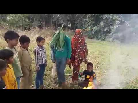 Saat phero ke Saato Vachan Pyari Dulhaniya Bhool Na Jana