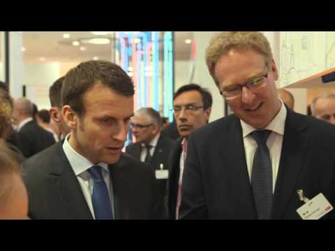 """French minister hails """"very impressive"""" ABB tech"""