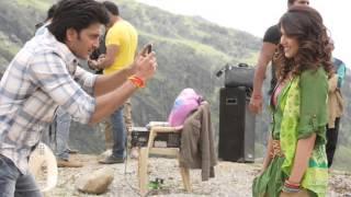 Yeh Ishq Nahi Aasan - Ritesh Deshmukh & Genelia D'Souza's Cute Chemistry