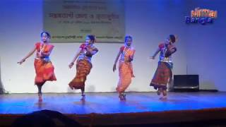 Download Video বকুল ফুল বকুল ফুল-সোনা দিয়া হাত কেন বান্ধাইলি   নৃত্য   NirmalBangla MP3 3GP MP4
