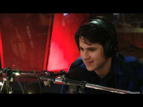 vampire-weekend-on-q-tv