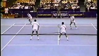 Sampras & Chang vs McEnroe & Patrick (Brothers) - SF Michelin 1988 - 02/07