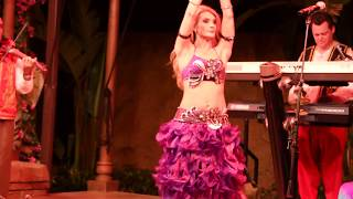 2017 Epcot : Morocco Music and Belly Dancer