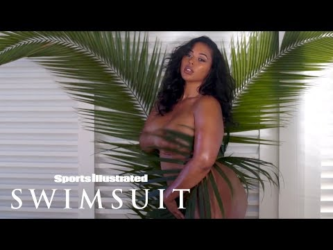 Tabria Majors Wears Nothing But Palm Tree Leaves In Belize | Uncovered | Sports Illustrated Swimsuit