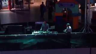 Femme 2 Fatale feat. DJ Lowa